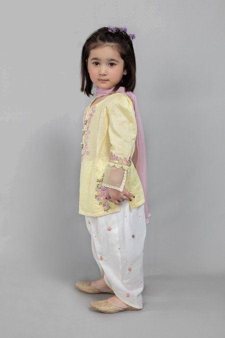 Suit Yellow MKD-SS21-01